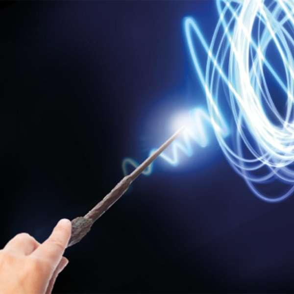 Harry Potter Lisanslı Uygulama Destekli Sihirli Işıklı Asa