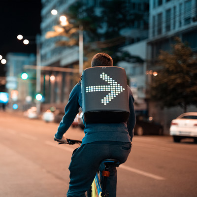 Pix Cyan Led Ekranlı Akıllı Sırt Çantası - Thumbnail